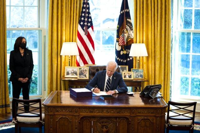 - Biden, 1.9 trilyon dolarlık Covid-19 destek paketini imzaladı